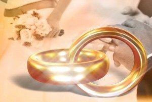 locking wedding rings